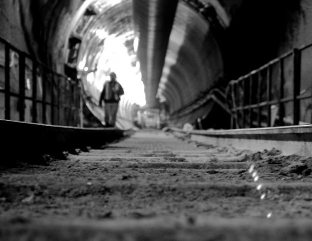Mind the Gap: Tenacious Victim Chases Mugger Through Subway Tunnel Over $94 and a Lighter