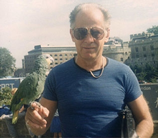 """""""I like long form articles on parrots, double agents and travel."""""""