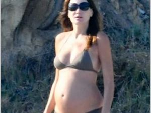 Pregnant Carla Bruni (Photo from WENN)