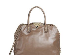 This handbag kills recessions.