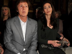 Paul McCartney and Nancy Shevell attend the Stella McCartney Ready to Wear Spring/Summer 2011 show during Paris Fashion Week at Opera Garnier on October 4, 2010 in Paris, France. (Photo by Pascal Le Segretain/Getty Images)