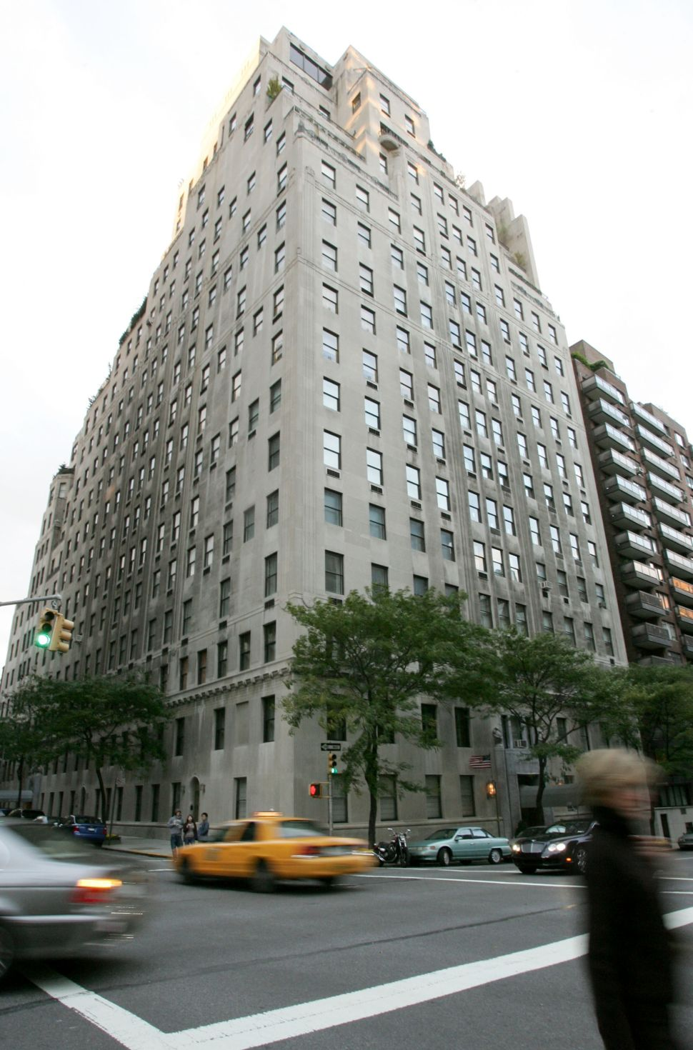 Recession Reaches Redoubt of Redolently Wealthy at 740 Park