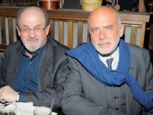 Francesco Clemente, right, posing with writer Salman Rushdie, the King of Swords. (Photo: Patrick McMullan Company)