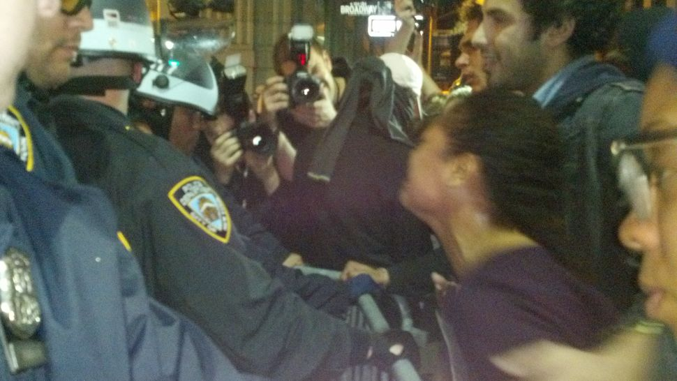 Behind the Barricades at the NYPD's Occupy Wall Street Raid