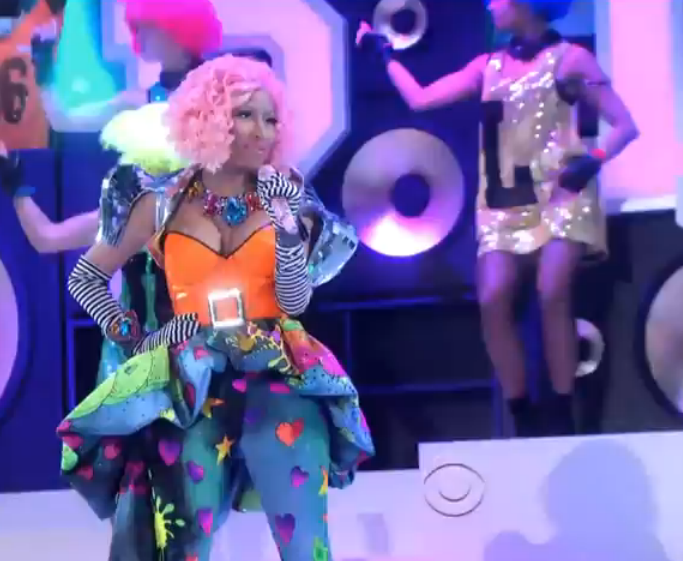 Neon Nicki Minaj Performs At Victoria Secret Fashion Show (Video)