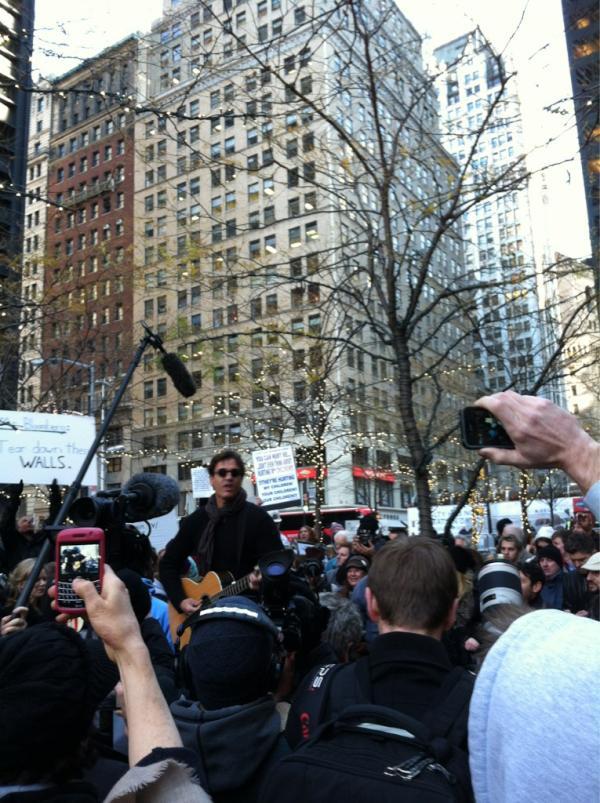 Live Blogging: Third Eye Blind, Jackson Browne Perform At Zuccotti Park (Video)