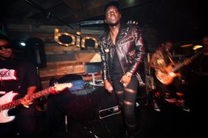 Theophilus London commands the stage at Bing