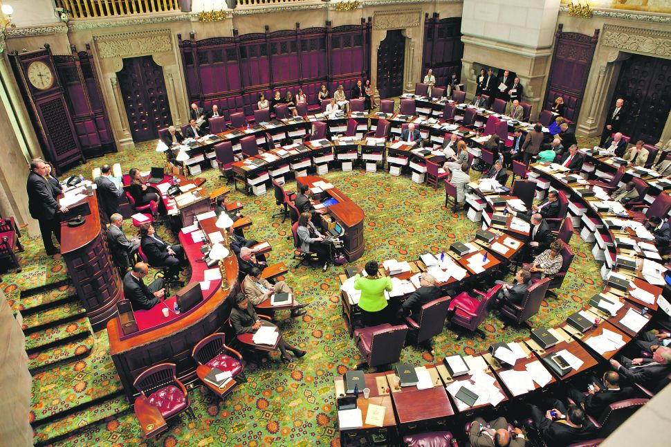 Voters Are Not Surprised When Albany Pols Get Indicted, Siena Poll Says