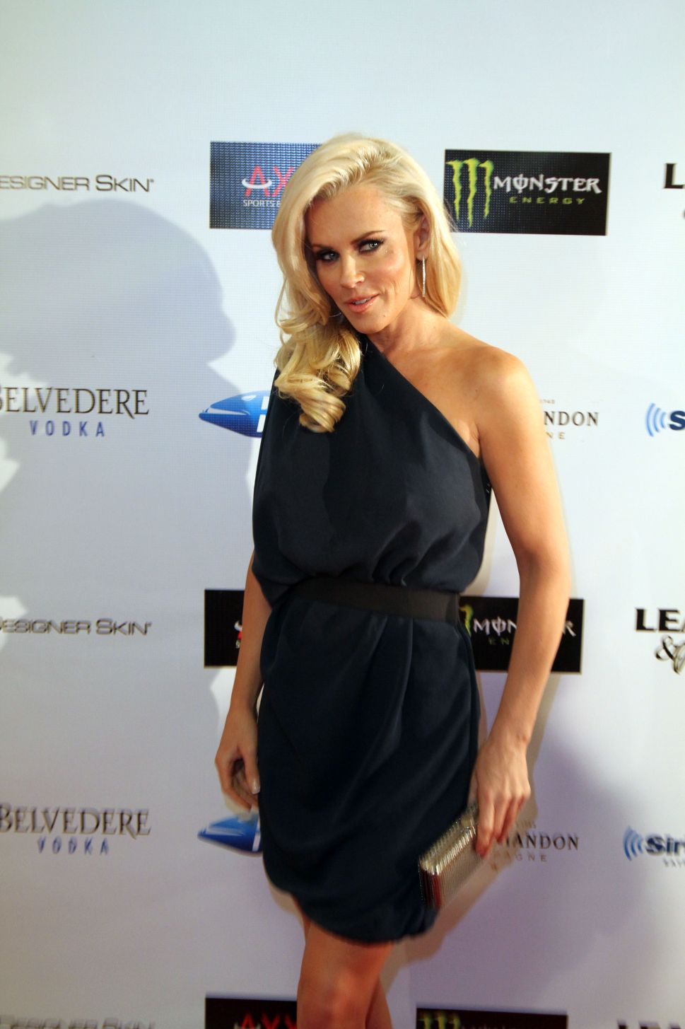 Jenny McCarthy Officially Joins <em>The View</em>