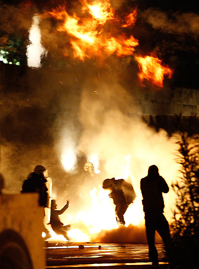 Rioting, Violence Rips Greece As Lawmakers Approve Austerity Measures (Video)