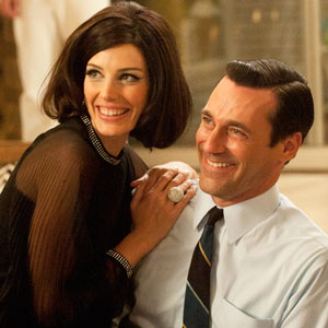 Jessica Paré and Jon Hamm.