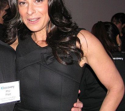 Stacy London of What not to Wear has a new startup called TKTKTKTKTK (Source: Phil Plait