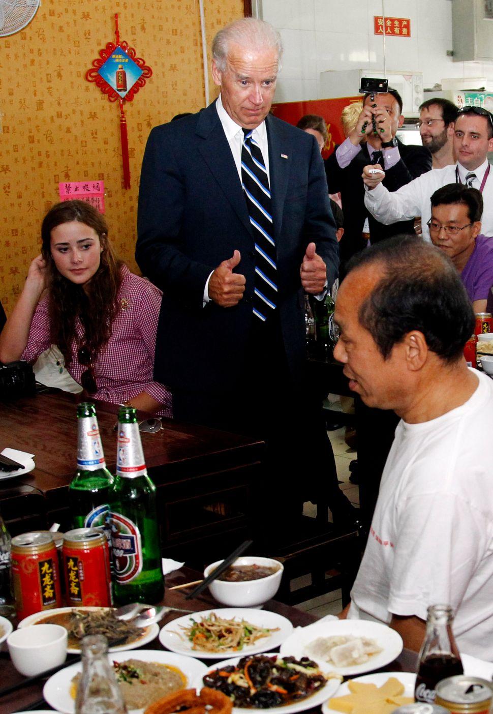 Romney Spokesman Crashes Joe Biden's Spaghetti Dinner