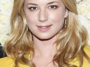 Emily VanCamp, star of 'Revenge,' which is moving into 'Desperate Housewives'' old timeslot (Getty Images)