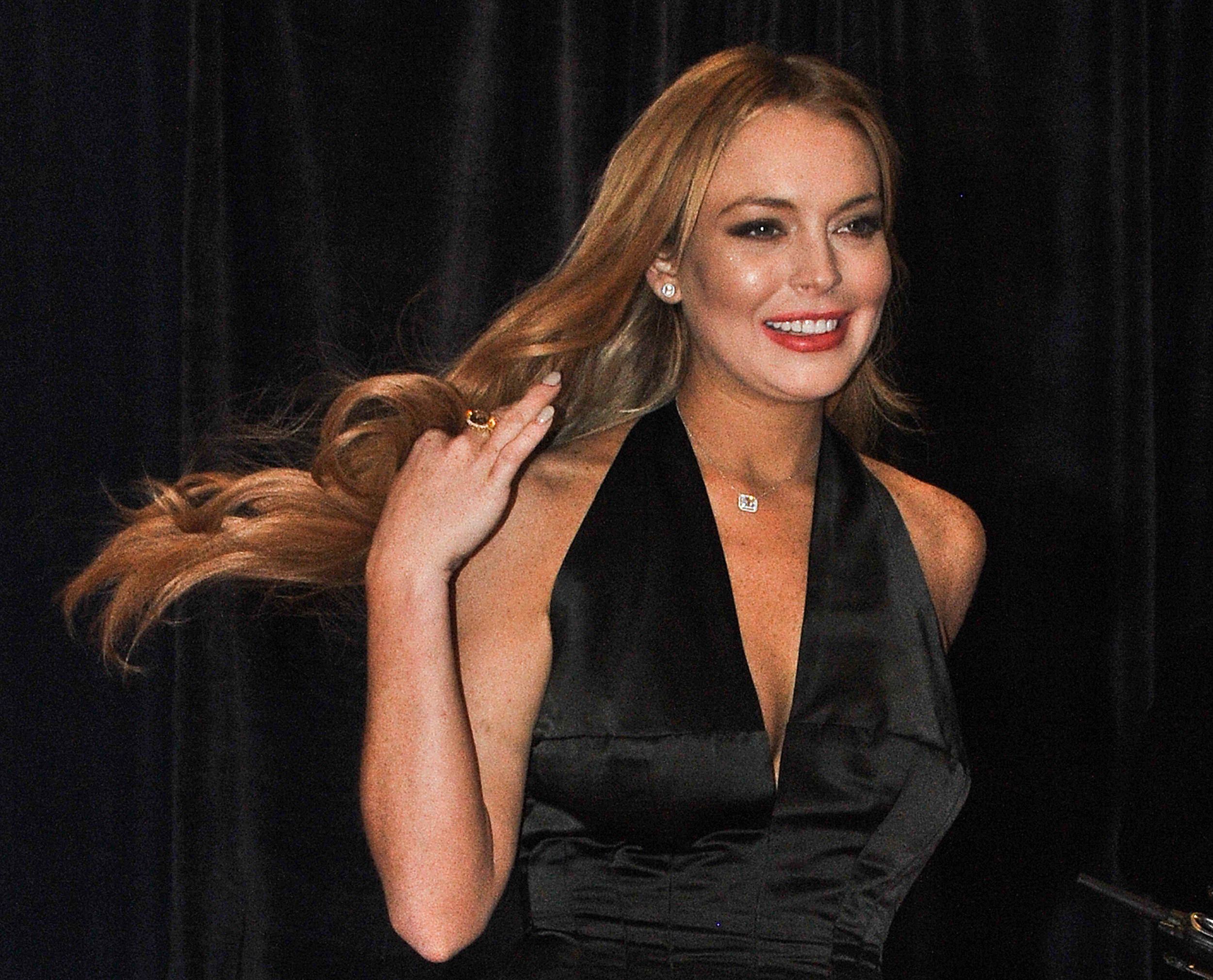 [75+] Lindsay Lohan Wallpapers on WallpaperSafari