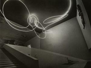 Fontana's 1951 environment for the Milan Triennale. (© Fondazione Lucio Fontana. Courtesy Gagosian Gallery)