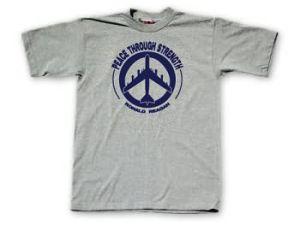 """The """"Peace Through Strength"""" T-Shirt. (Photo: GOPStore.com)"""