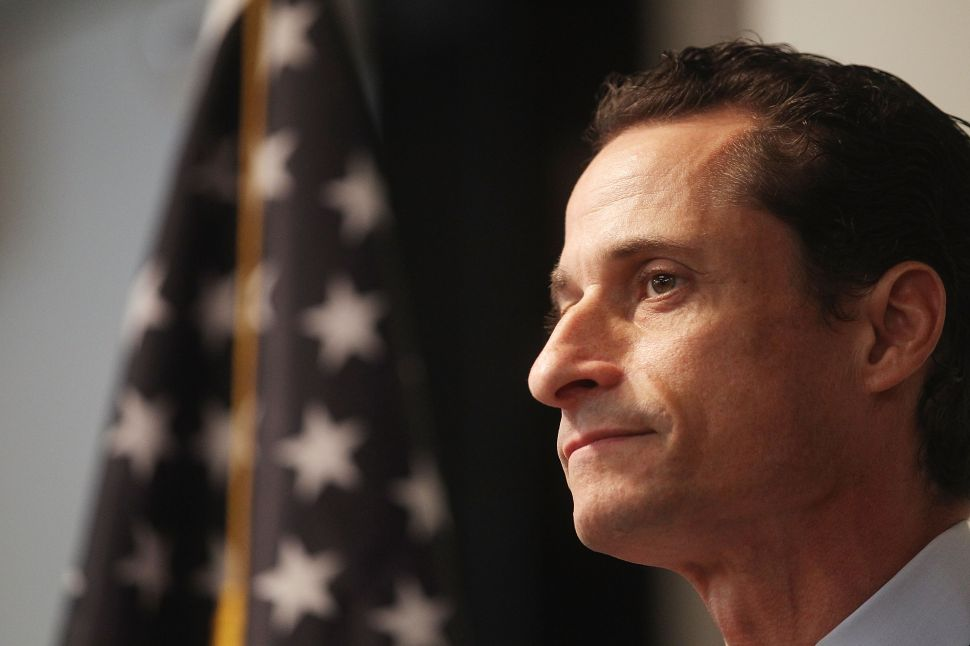 Sandy Brings Anthony Weiner Back to Twitter
