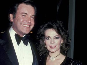 Robert Wagner and late wife Natalie Wood (Getty Images)