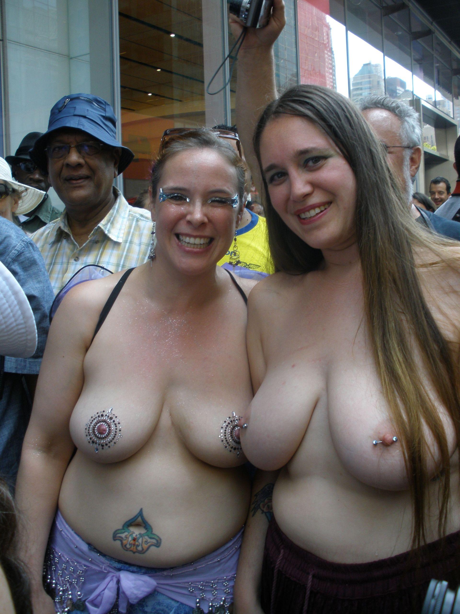 Girls Showing Their Boobs