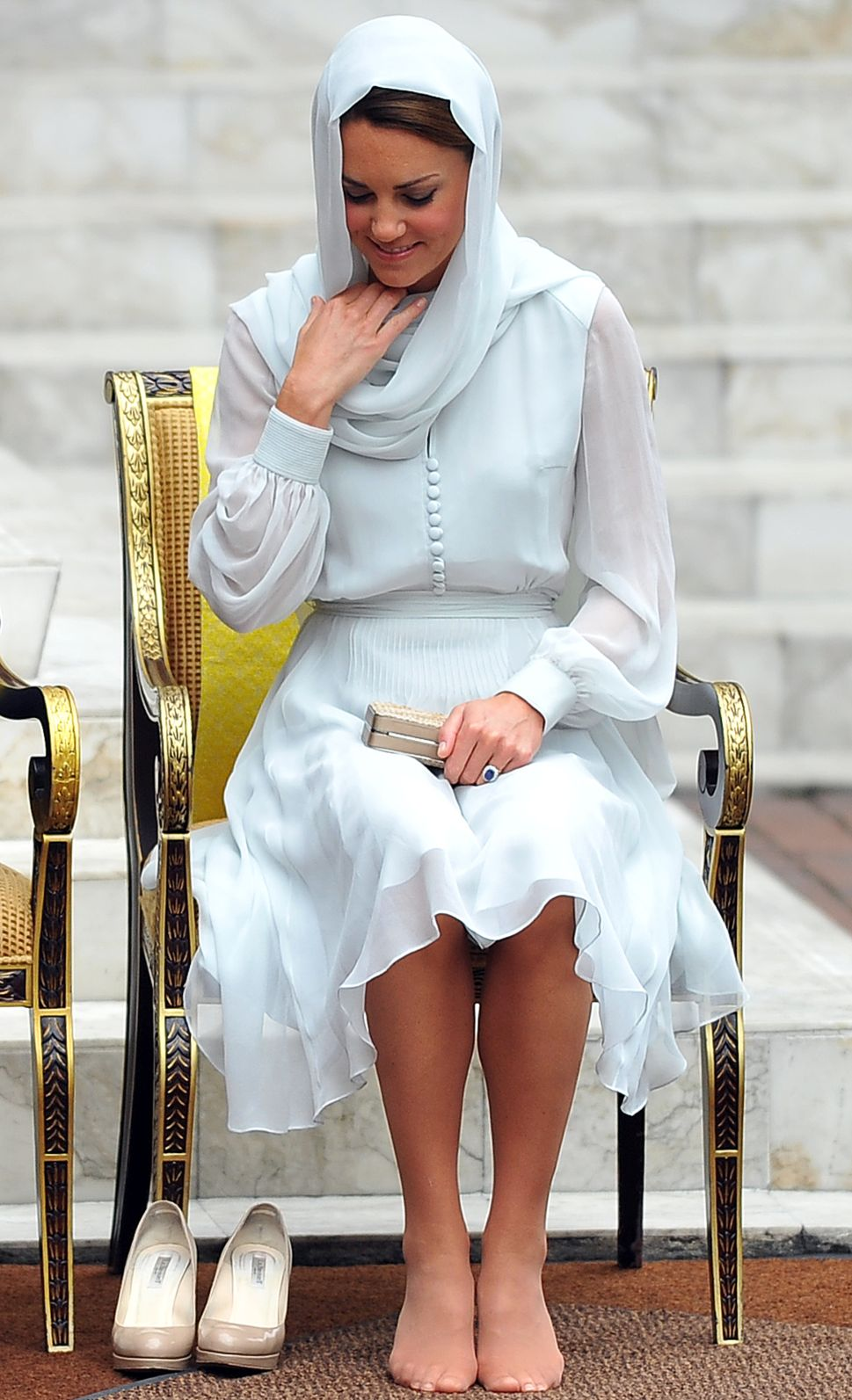 French Being Very French, British Being Very British About Kate Middleton Topless Photos