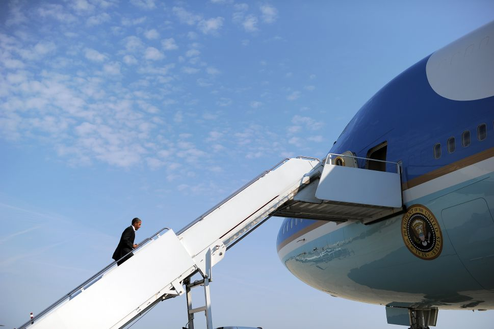 Air Force One Has Runway Run-In With Mahmoud Ahmadinejad's 'Iran Air'