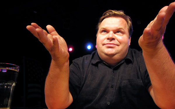 """Monologist Mike Daisey is Saying """"Yes This Man"""""""