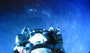 Man Skydives From Edge of Space, Sponsored by Red Bull [Video]