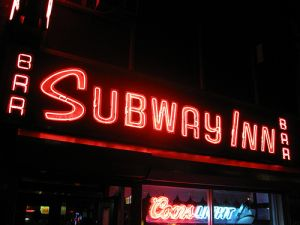 The Subway Inn(Flickr: Otterman56).