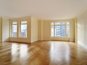 The condo is a grand 1,916 square feet and it's relatively far from the Hudson.