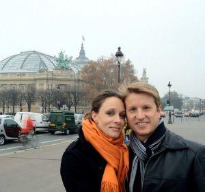 Paula and Scott Broadwell in Paris. (Photo: Facebook)