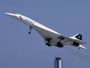 The Concorde: loud but fast. (Wikipedia)