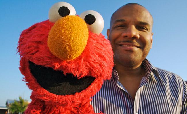 Big Apple Idolatry: Elmo Resigns Amid Second Sex Scandal