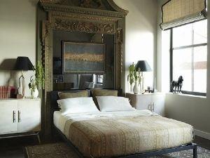 Matthew Patrick Smyth designed this bedroom with globe-trotters in mind.