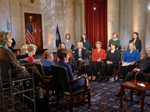 Diane Sawyer with the women of the U.S. Senate. (Photo: ABC/Martin Simon)