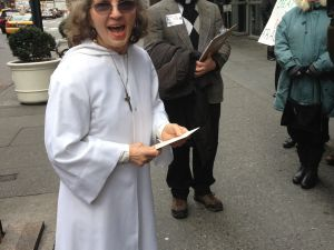 "Catherine Skopic at the anti-fracking ""pray-in."" (Photo: Jordyn Taylor)"
