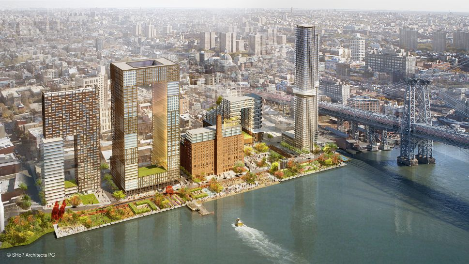 Schizo Skyline: Warring Williamsburg Mandates Leave Waterfront Out of Whack