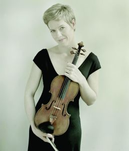 Isabelle Faust performs with the New York Philharmonic at Avery Fisher Hall. (Courtesy NYP)