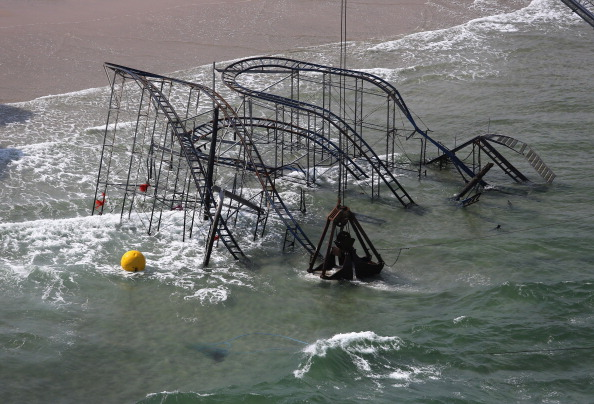 Because Hurricanes Are Funny! Jersey Shore Amusement Park to Name New Ride 'Super Storm'