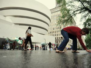 People participating in the 2012 Museum Mile Festival. (Stan Honda/AFP/Getty Images)