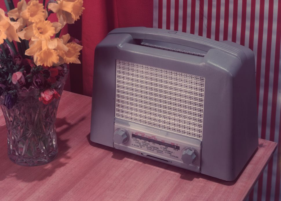 Old-School Radio Battles Advertiser Perception