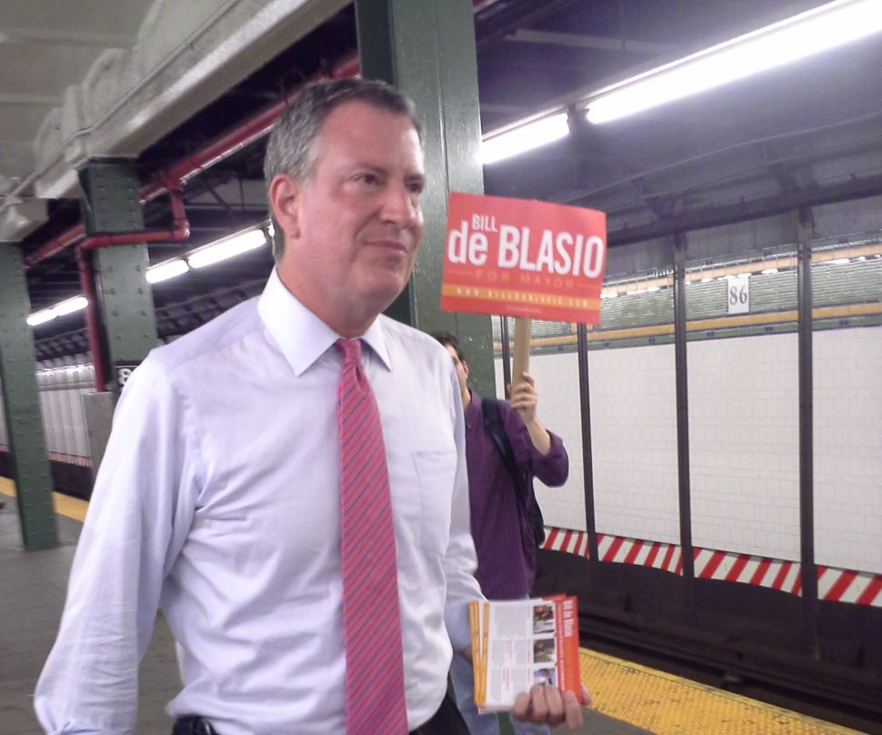 Bill de Blasio Goes Underground in Bay Ridge