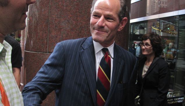 Eliot Spitzer arrives at his petitioning party.