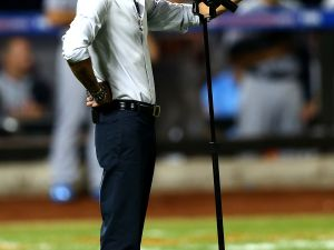 Marc Anthony singing at Citi Field this week. (Photo: Getty)