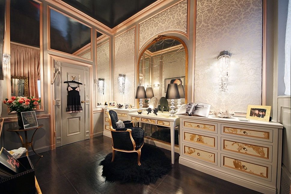 The Lady's Room