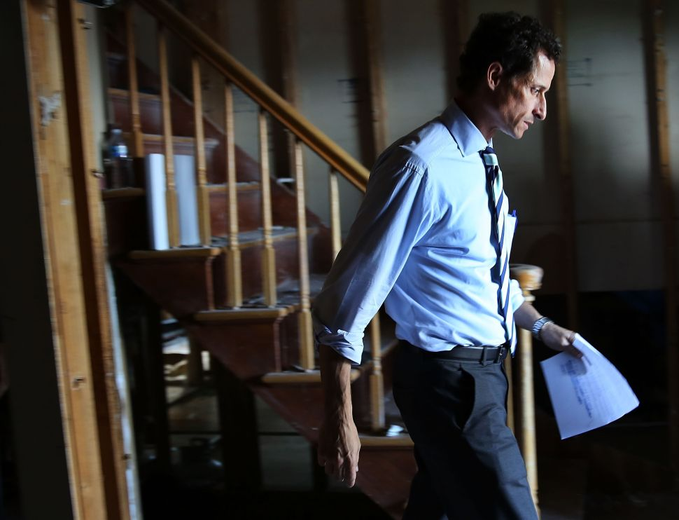 Anthony Weiner Remains Defiant in Face of Mounting Criticism
