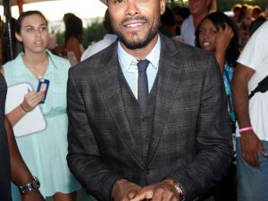 Maxwell at the Art for Life Benefit. (Photo: Patrick McMullan)