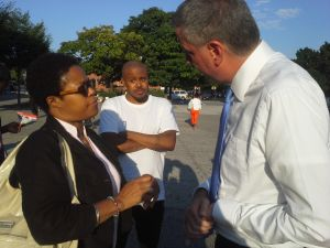 Bill de Blasio meeting another voter.