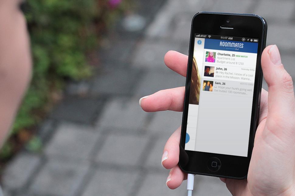 Williamsburg Gentleman Steals Date's iPhone After She Declines Sex