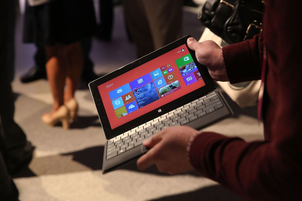 NFL Coaches Forced to Publicly Use Microsoft Tablets